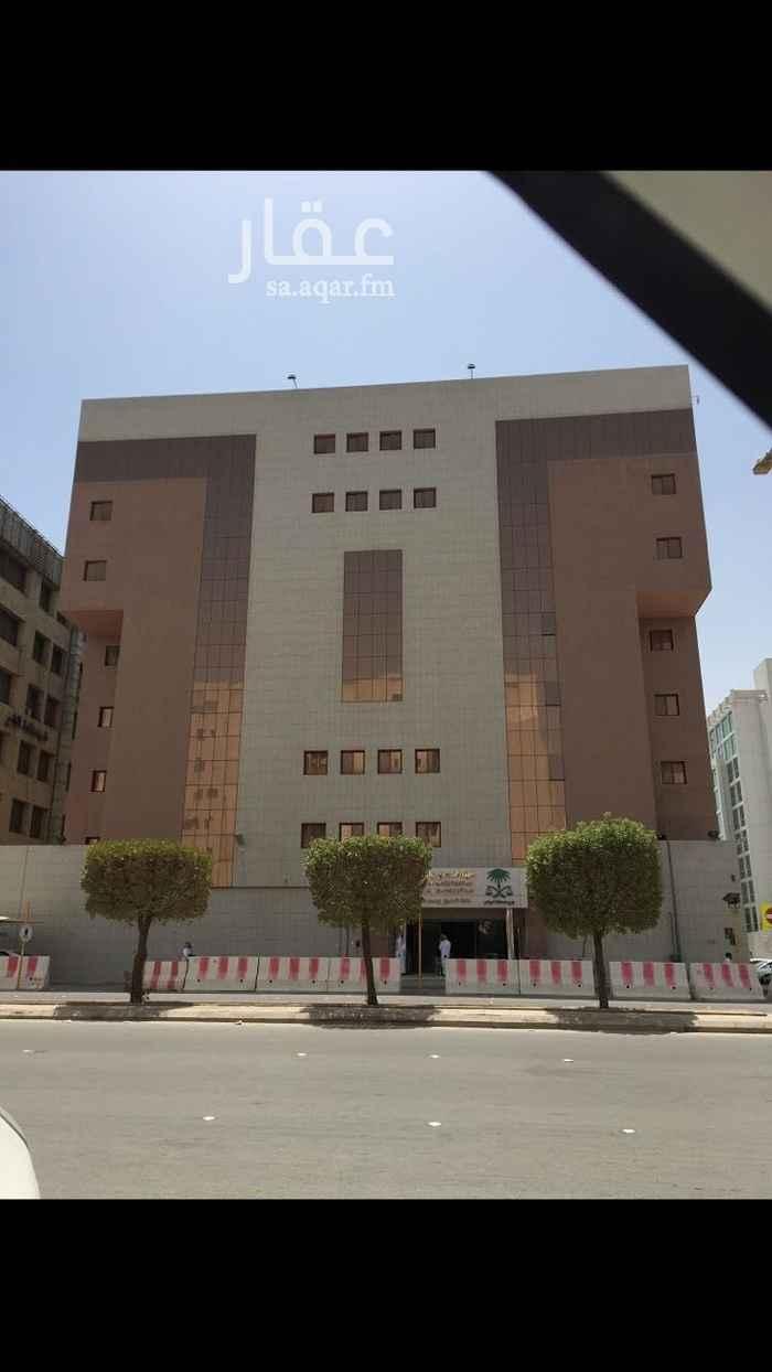 عمارة للبيع في شارع وادي الدواسر ، حي العليا ، الرياض ، الرياض