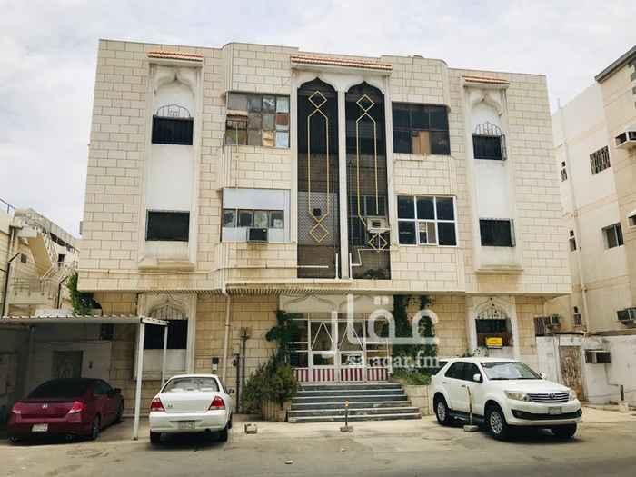 عمارة للبيع في شارع عارف الشهابي ، حي النزهة ، جدة