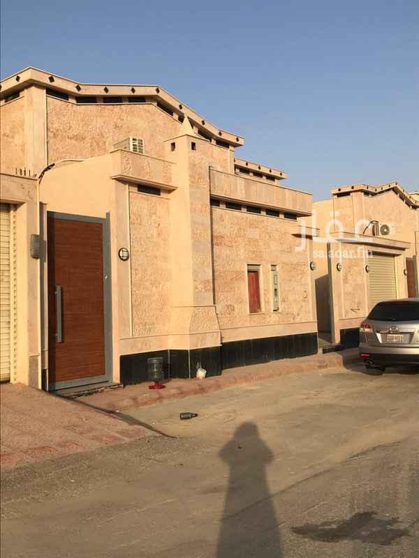 دور للبيع في شارع رقم 207 ، حي ظهرة لبن ، الرياض ، الرياض