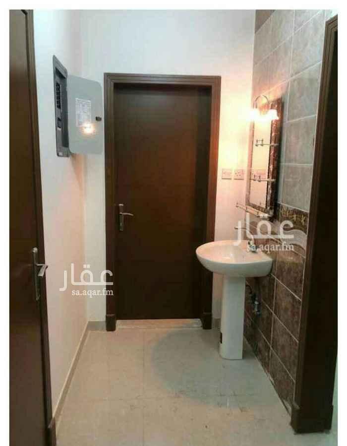 شقة للإيجار في طريق خزام ، الرياض