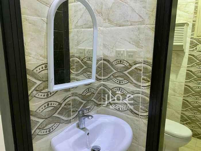 شقة للإيجار في الرياض ، حي عكاظ ، الرياض