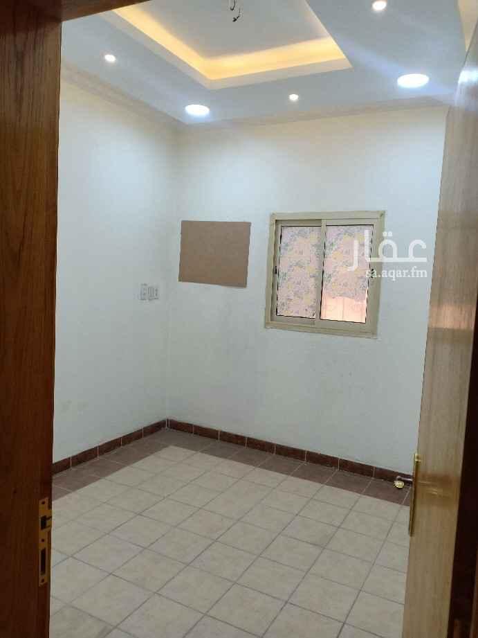 شقة للإيجار في شارع طرفة بن العبد ، حي غرناطة ، الدمام ، الدمام