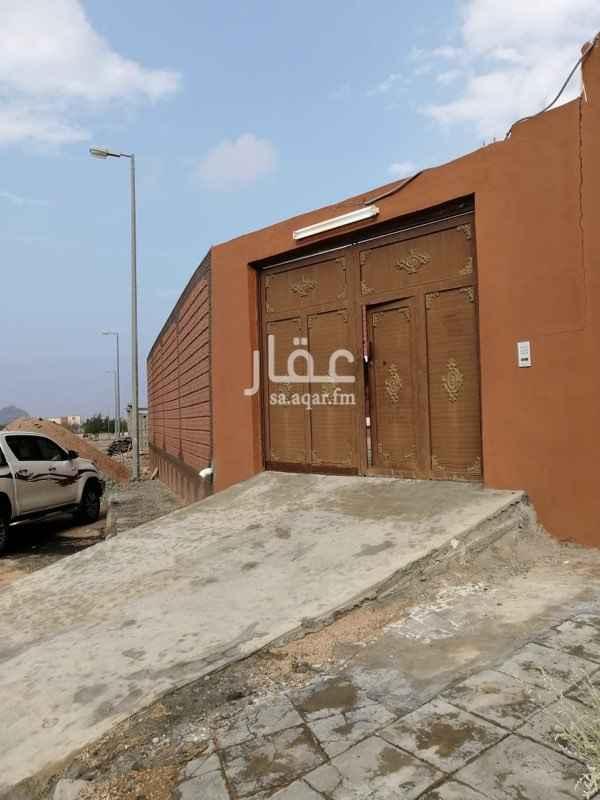 عمارة للبيع في حي الحوية ، الطائف