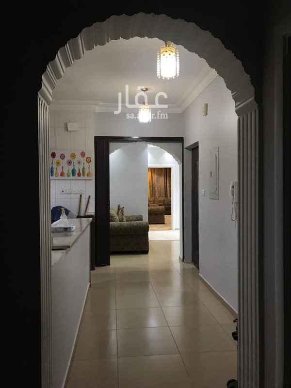 فيلا للبيع في شارع المؤمل بن اميل ، حي ابو بريقاء ، المدينة المنورة ، المدينة المنورة