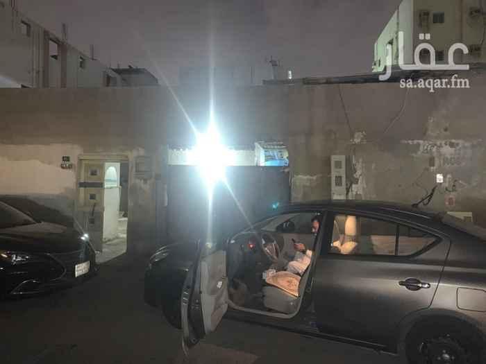 بيت للإيجار في شارع دومة الجندل ، حي البوادي ، جدة ، جدة