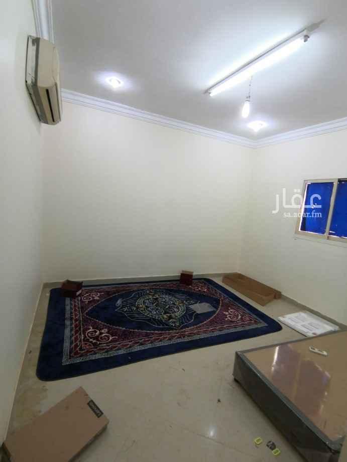غرفة للإيجار في طريق الامام سعود بن فيصل ، حي الملقا ، الرياض ، الرياض