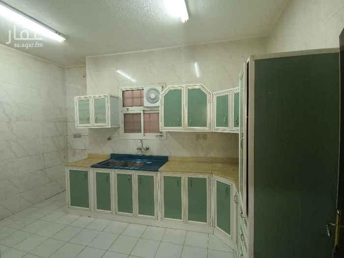 شقة للإيجار في شارع المرصاد ، حي العقيق ، الرياض ، الرياض