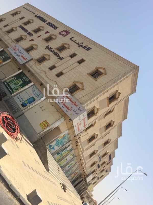 عمارة للإيجار في طريق الامير محمد بن عبدالرحمن الفرعي ، حي المنصورة ، الرياض