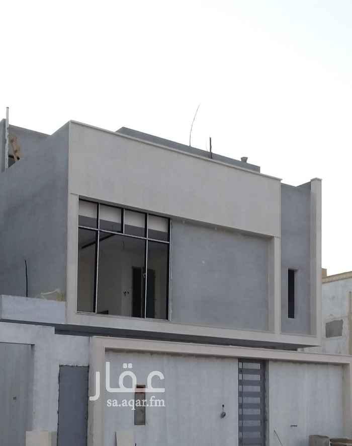 فيلا للبيع في شارع الامير سعود بن محمد بن مقرن ، حي حطين ، الرياض