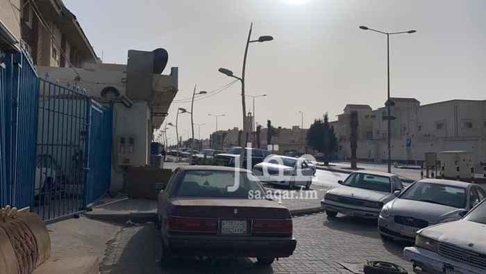 محل للبيع في شارع الظاهرة ، حي النهضة ، الرياض ، الرياض