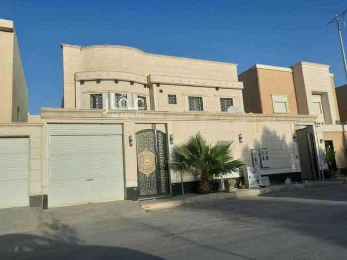 فيلا للبيع في شارع رقم 309 ، حي الملقا ، الرياض