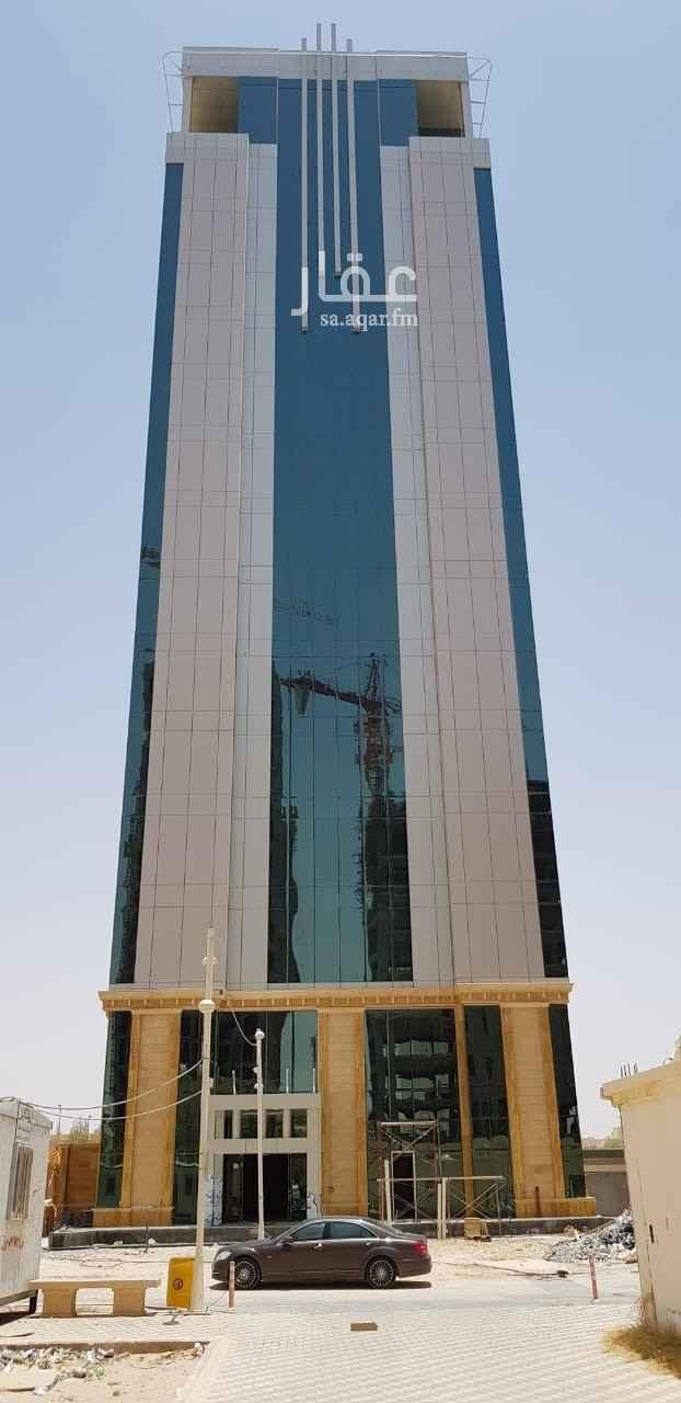 عمارة للبيع في شارع التخصصي ، حي العليا ، الرياض