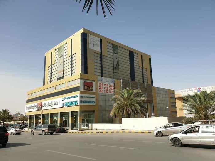 مكتب تجاري للإيجار في طريق الملك فهد الفرعي ، حي الملك فهد ، الرياض ، الرياض