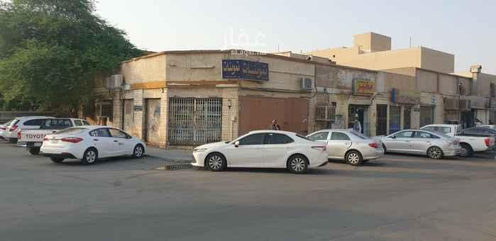 عمارة للبيع في شارع معاذ بن جبل ، حي العزيزية ، الرياض ، الرياض