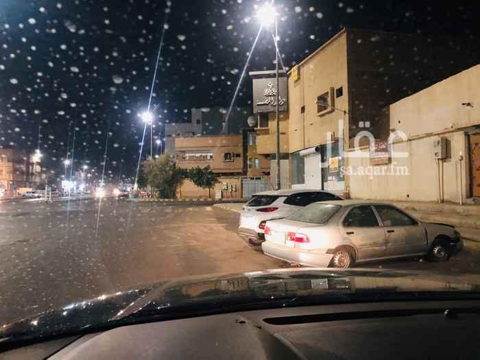بيت للبيع في شارع محمد العبدالله الرشيد ، حي لبدة ، حائل ، حائل