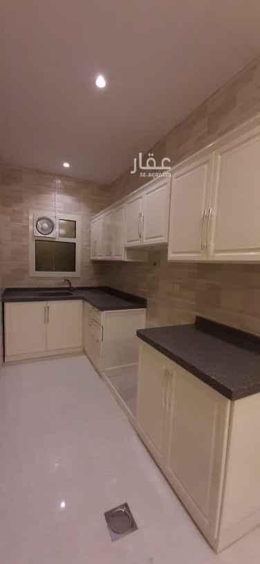 شقة للإيجار في شارع القطينه ، حي الندى ، الرياض ، الرياض
