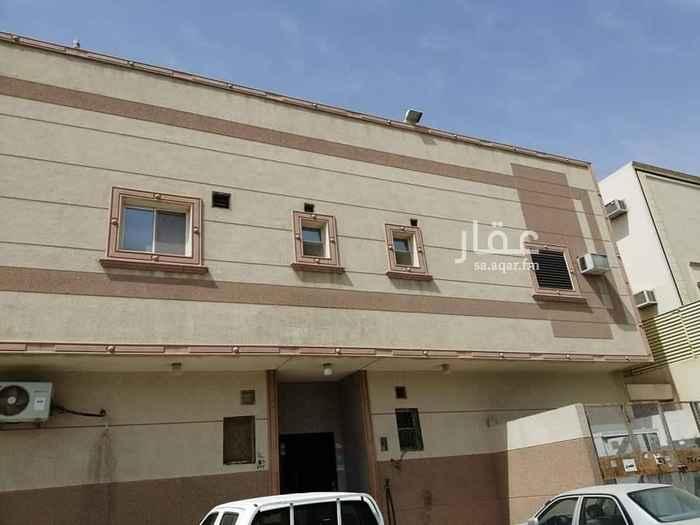شقة للإيجار في شارع نهاوند ، حي العزيزية ، الرياض
