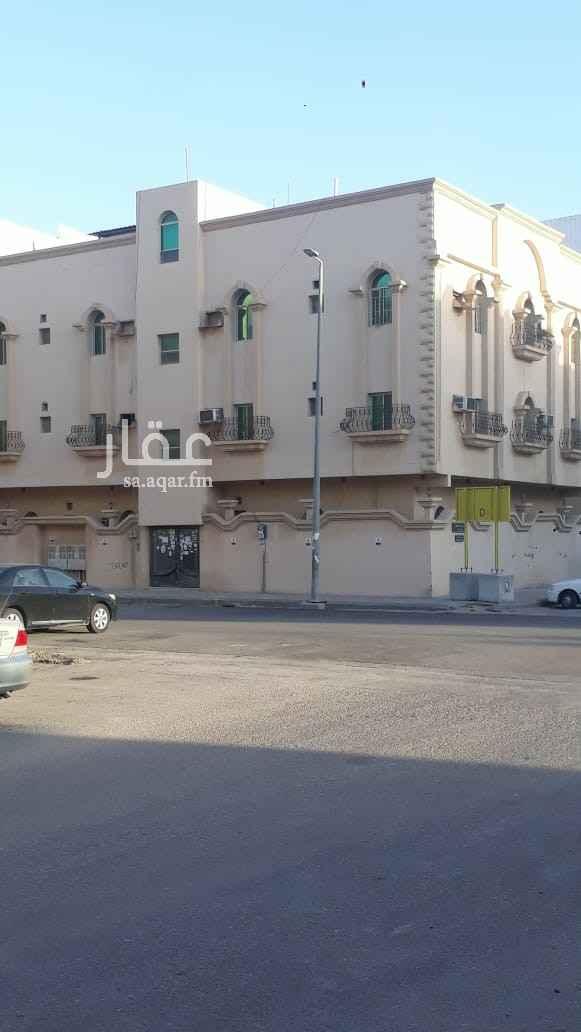عمارة للبيع في شارع المبرز ، حي الخبر الجنوبية ، الخبر ، الخبر