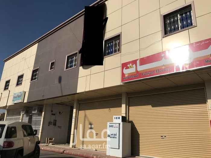 محل للإيجار في شارع المروج ، حي بدر ، الرياض