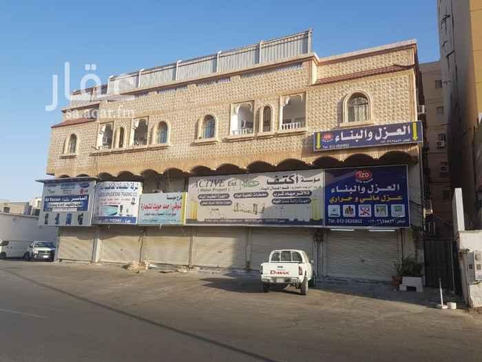 محل للإيجار في شارع البلدية ، حي العزيزية ، جدة