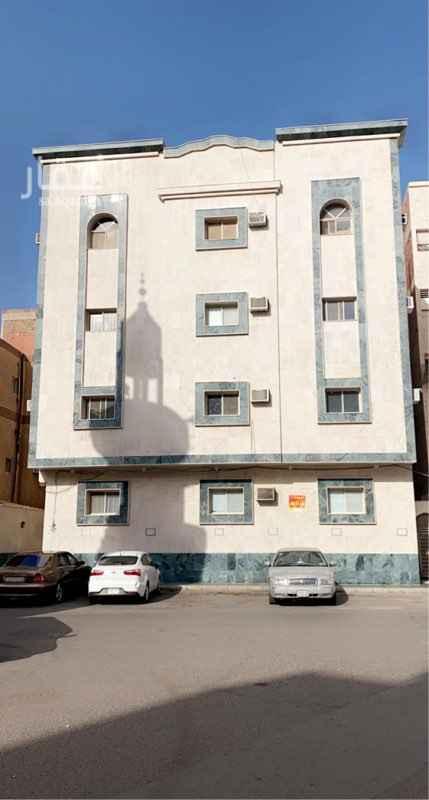 عمارة للبيع في شارع عبدالحمن الشيبا نى ، حي العريض ، المدينة المنورة ، المدينة المنورة