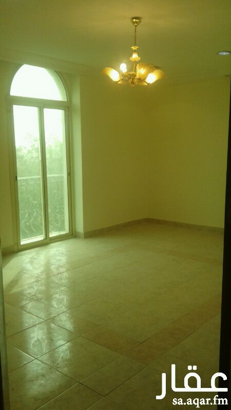 شقة للإيجار في شارع ابن جبر ، حي البندرية ، الخبر