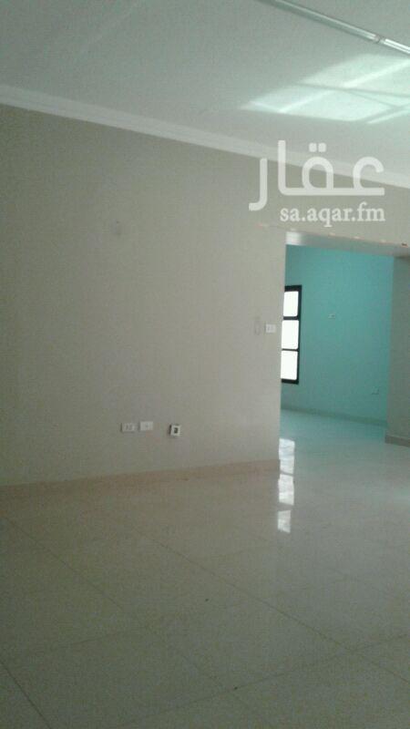 شقة للإيجار في شارع الانوار ، حي العقربية ، الخبر