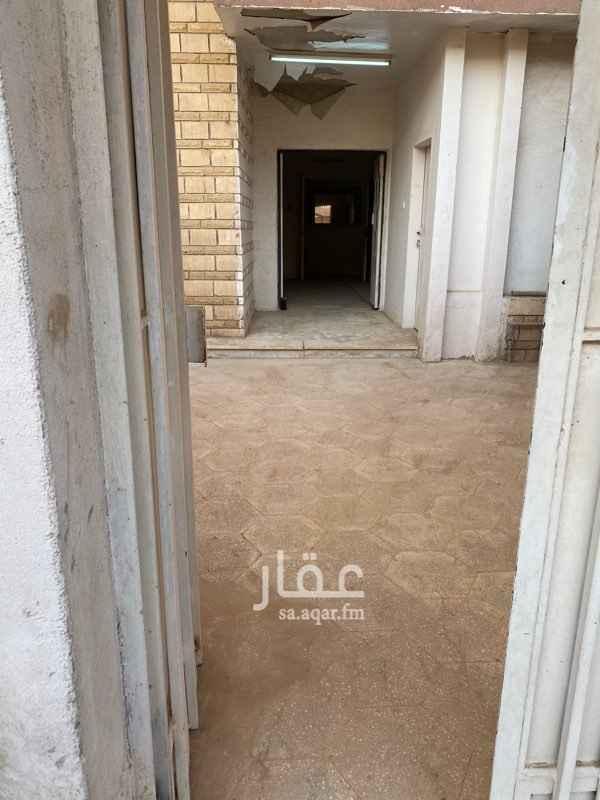 شقة للإيجار في شارع قتادة بن النعمان ، حي المربع ، الرياض ، الرياض