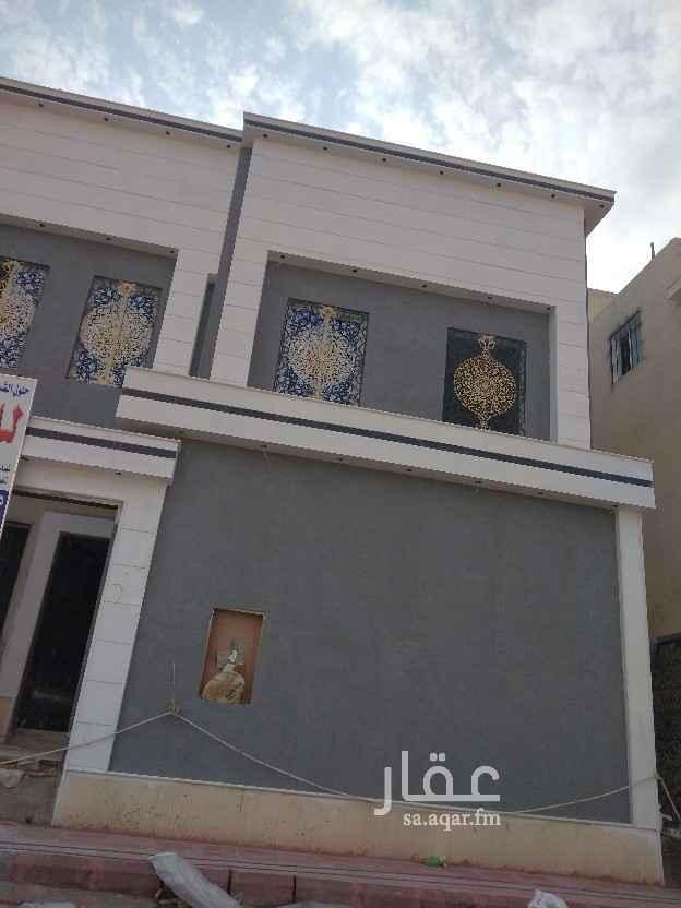 فيلا للبيع في طريق الأمير محمد بن سلمان بن عبدالعزيز ، حي الرمال ، الرياض