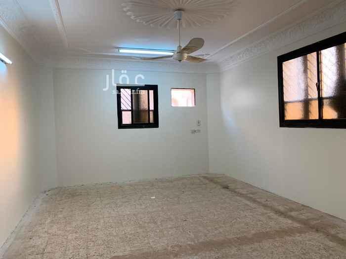 دور للإيجار في شارع صالح المحمود ، حي السويدي الغربي ، الرياض