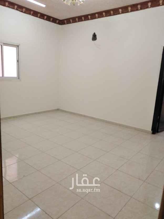شقة للإيجار في حي اشبيلية ، الرياض