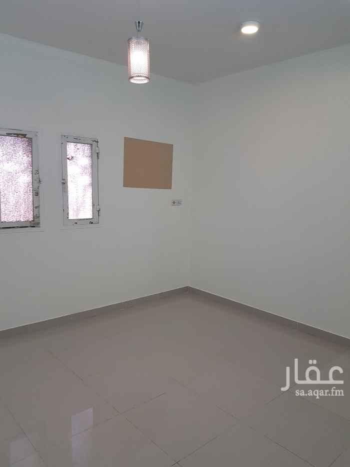 شقة للإيجار في طريق الامير مساعد بن عبدالرحمن بن فيصل ، حي العريجاء الغربية ، الرياض ، الرياض