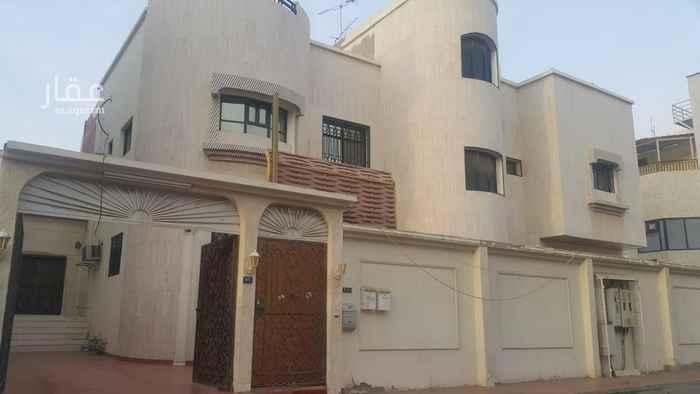فيلا للبيع في شارع شهاب بن اسماء ، حي البوادي ، جدة