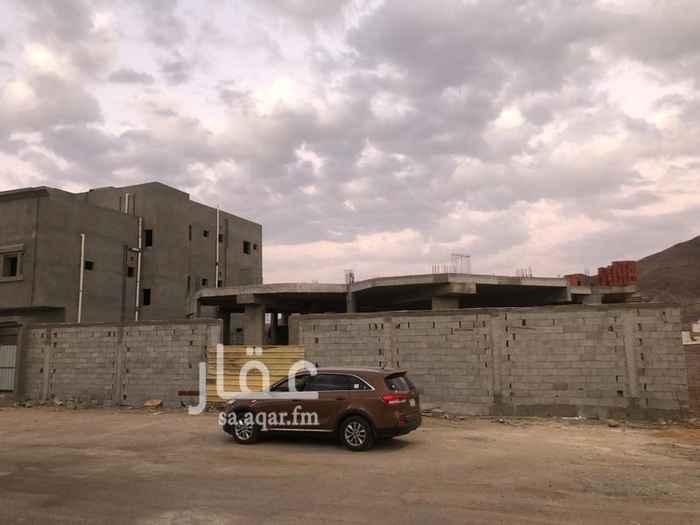 فيلا للبيع في شارع اوس بن معاذ ، حي قلعة مخيط ، المدينة المنورة ، المدينة المنورة