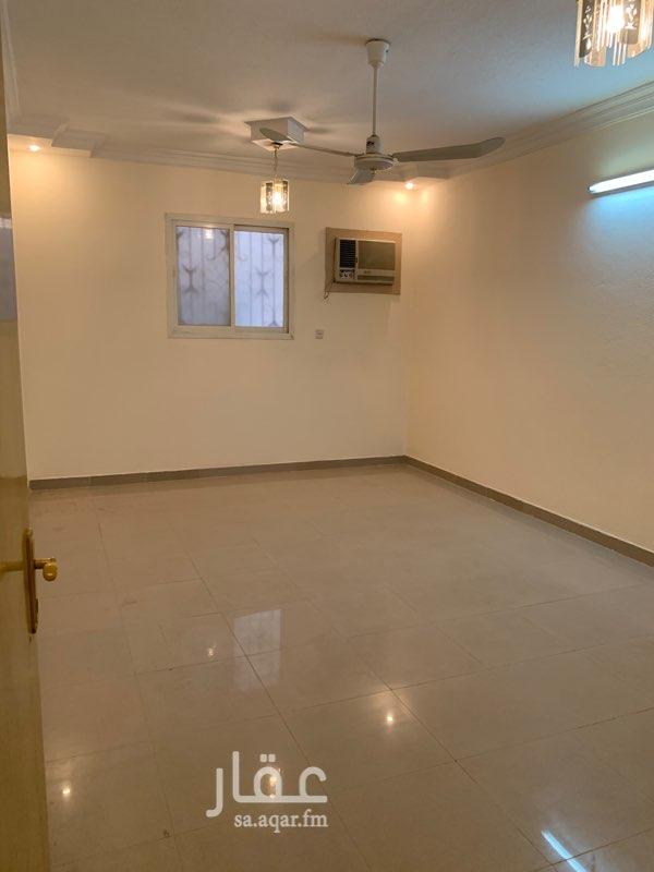 شقة للإيجار في شارع الشيخ محمد بن عبداللطيف بن عبدالرحمن ، حي السويدي الغربي ، الرياض ، الرياض