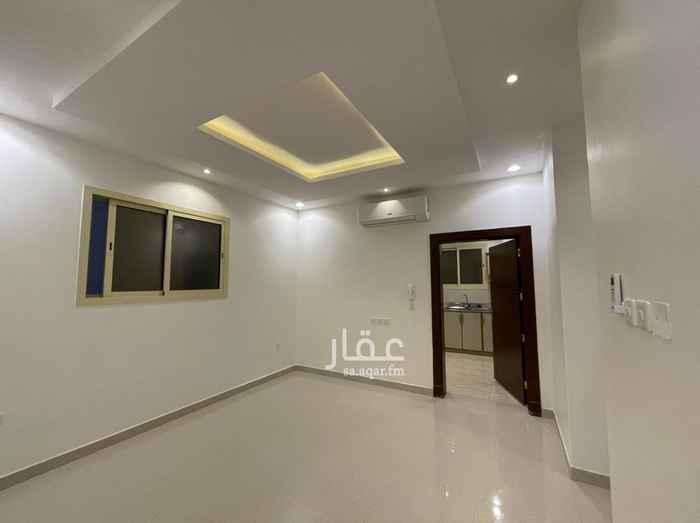 شقة للإيجار في شارع ابراهيم القرماني ، حي القيروان ، الرياض