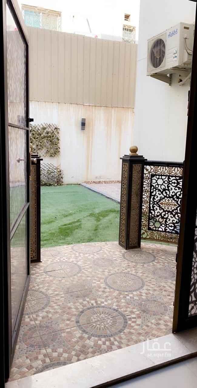 فيلا للبيع في شارع وادي الزرقاء ، حي الوادي ، الرياض ، الرياض
