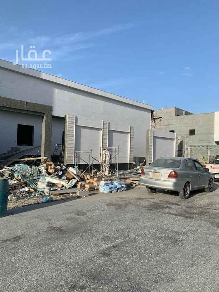 بيت للبيع في شارع ابن المستوفي ، حي الامواج ، الخبر ، الخبر