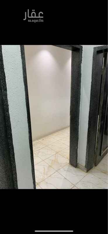 شقة للإيجار في حي مطار الملك خالد الدولي ، الرياض