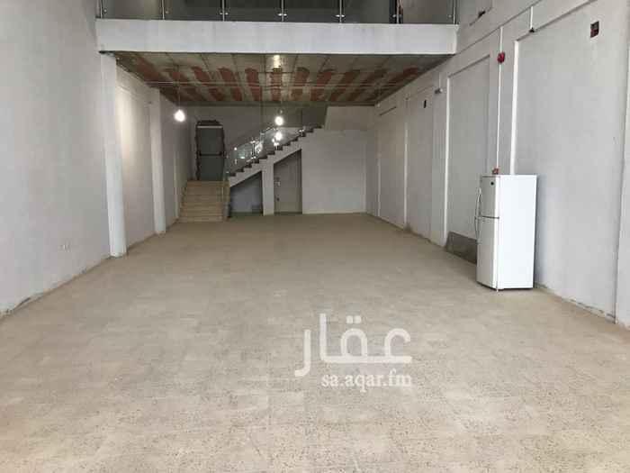 محل للإيجار في طريق الأمير محمد بن سعد بن عبدالعزيز ، الرياض
