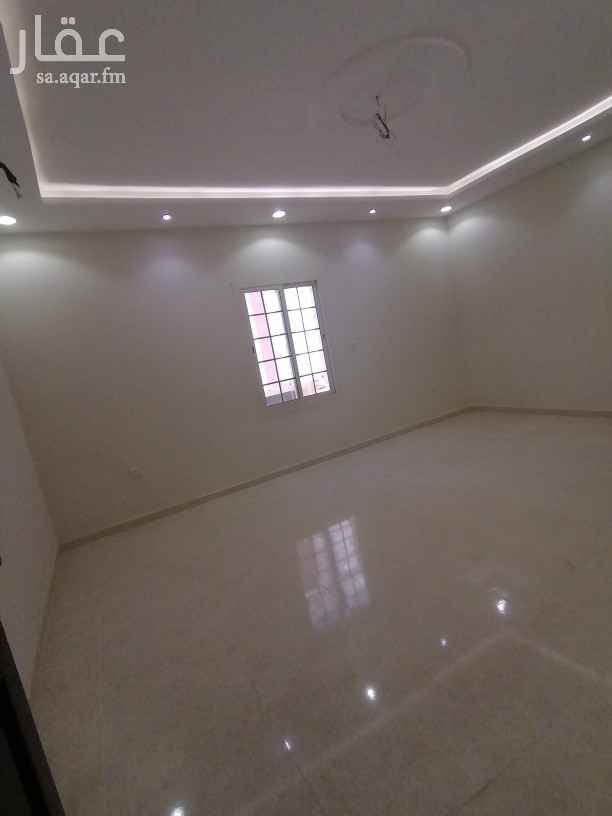 شقة للبيع في شارع عبد الله بن ورقاء بن جناده ، حي مريخ ، جدة ، جدة