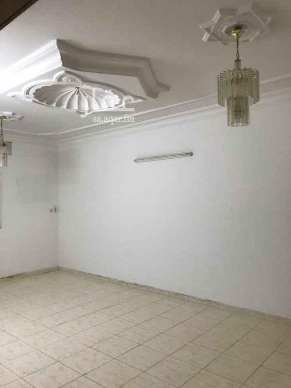 دور للإيجار في شارع الغسق ، حي اشبيلية ، الرياض