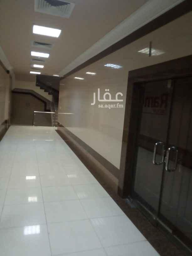 مكتب تجاري للإيجار في شارع أبو حامد الغزالي ، حي العنود ، الدمام ، الدمام