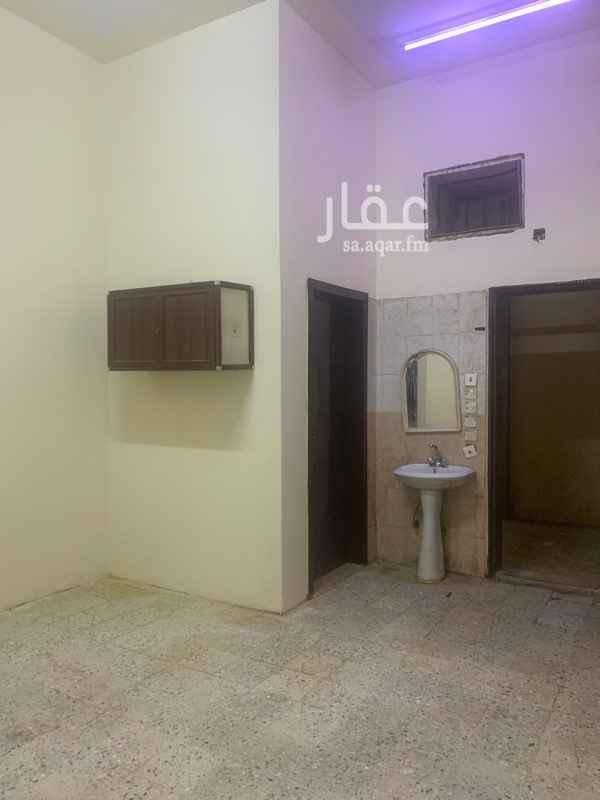 غرفة للإيجار في شارع المجد ، حي ظهرة لبن ، الرياض ، الرياض