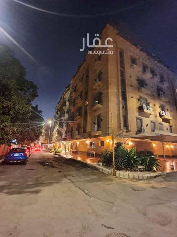 فيلا للإيجار في شارع ابو القاسم التنوخي ، حي الروضة ، جدة ، جدة