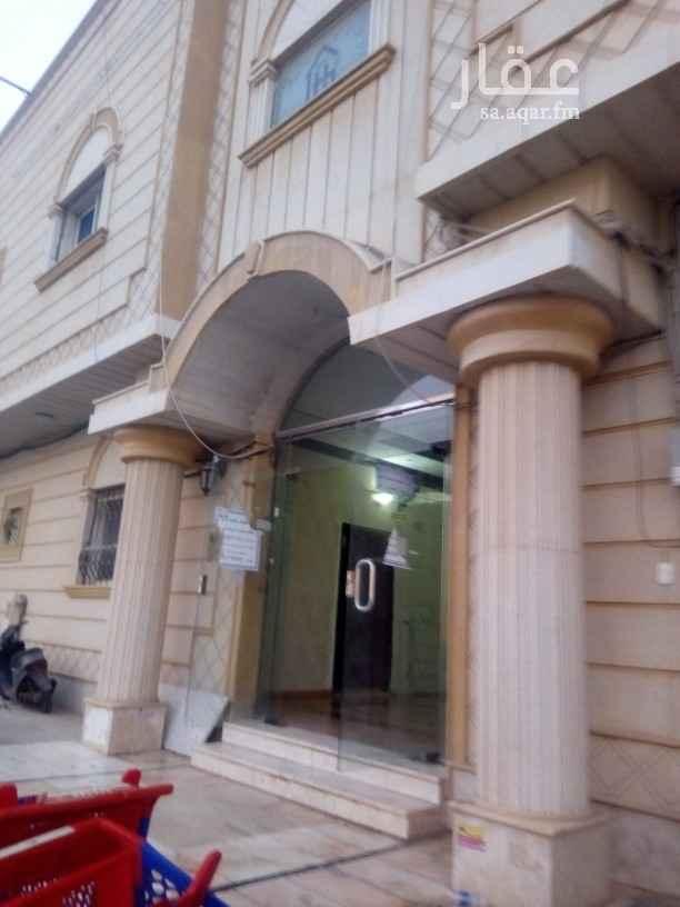 شقة للإيجار في شارع قصيفة ، حي الشهداء ، الرياض ، الرياض