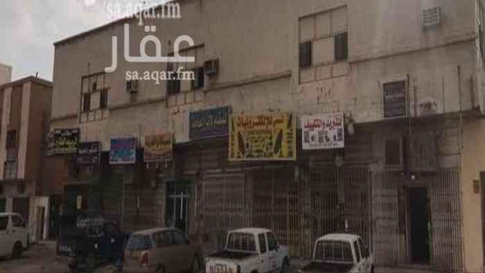 عمارة للبيع في شارع عبدالله بن عمر ، حي النسيم الغربي ، الرياض