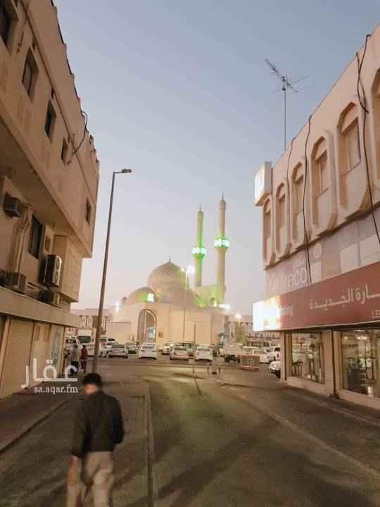 مكتب تجاري للإيجار في شارع حجاج بن بنية ، حي الدواسر ، الدمام