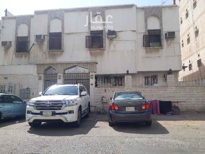 عمارة للبيع في شارع ابن عطاء الله ، حي العزيزية ، جدة ، جدة