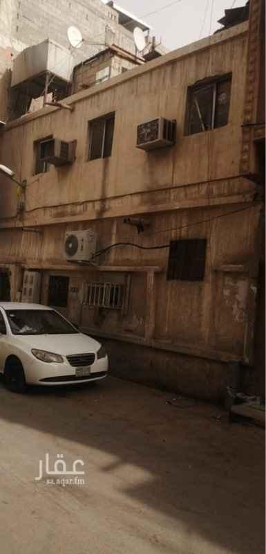 بيت للبيع في شارع ابي بكر الخياط ، حي الخالدية ، الرياض ، الرياض